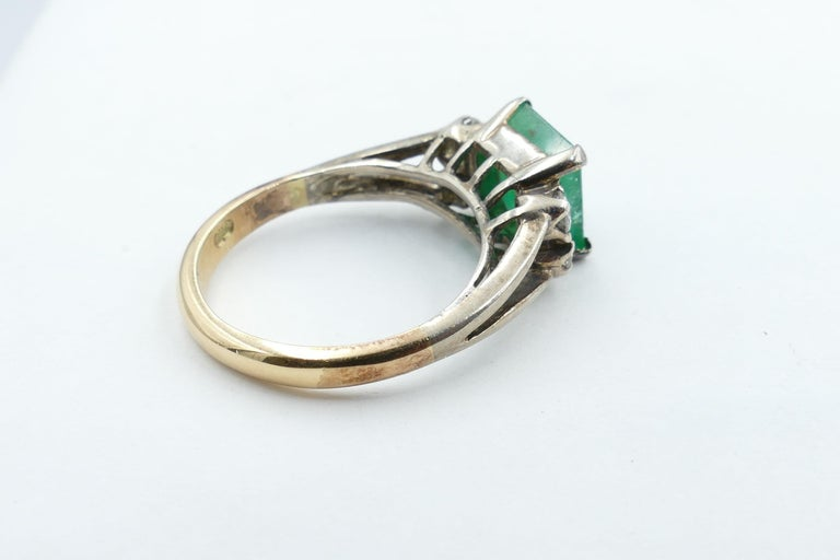 Art Deco Vintage 18 Carat Rose and White Gold Emerald and Diamond Dress Ring For Sale