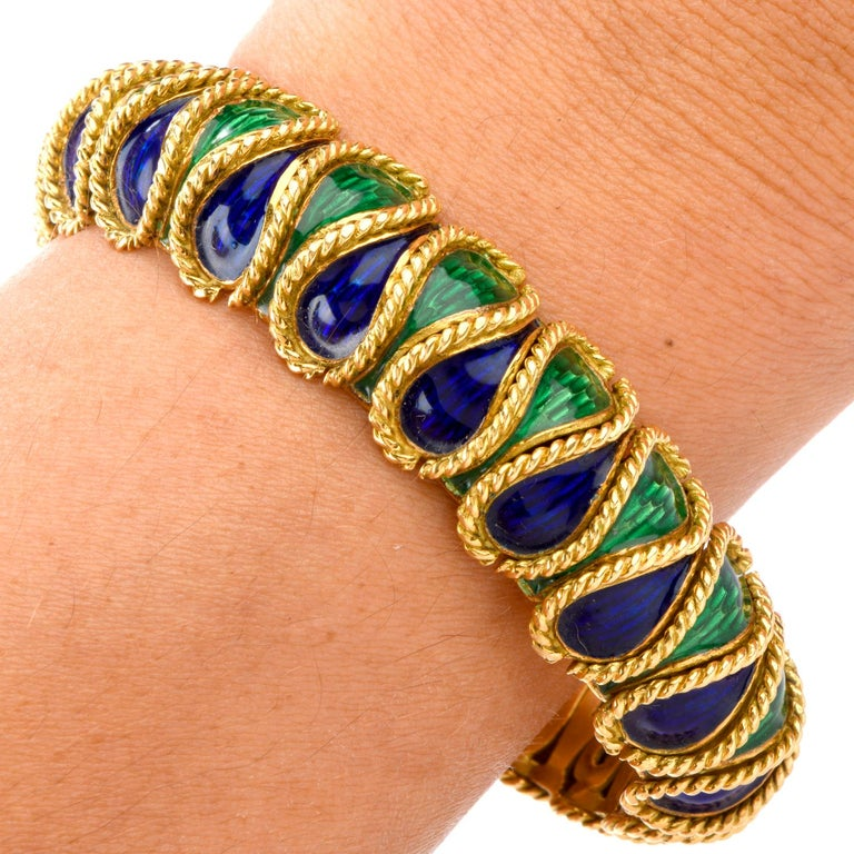 Vintage 18 Karat Italian Serpent Blue Green Enameled Bracelet For Sale 1