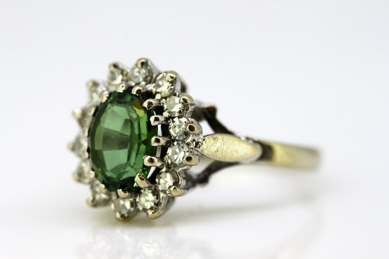 Vintage 18 Karat White Gold Ladies Ring with Green Tourmaline and Diamonds, 1977 For Sale 5