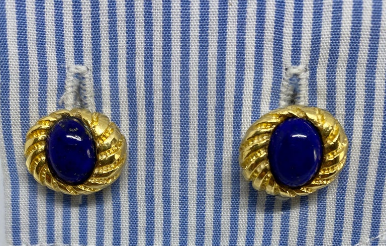 Vintage 18k Yellow Gold and Lapis Cufflinks In Fair Condition For Sale In San Rafael, CA