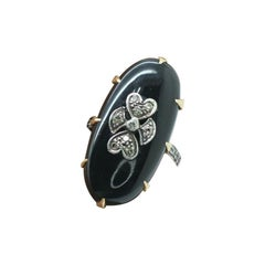 Vintage 18k Yellow Gold Black Onyx with Diamond Accent on Top