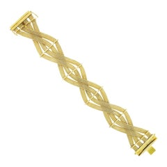 Vintage 18k Yellow Gold Crossover Woven Braid Wide Flat Mesh Link Chain Bracelet