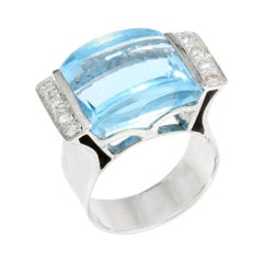 Vintage 18kt White Gold Ladies Ring with Natural Topaz Stone of Approx. 8 Carats