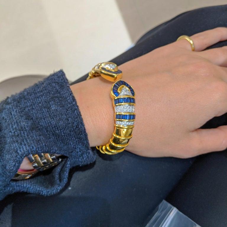 Retro Vintage 18 Karat Gold 1.74 Carat Diamond and 9.87Ct. Blue Sapphire Cuff Bracelet For Sale