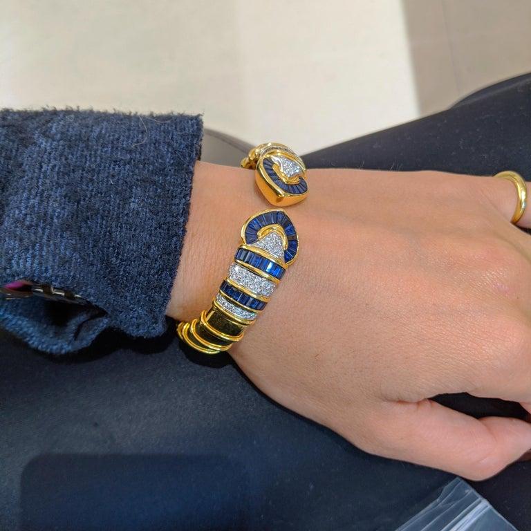 Women's or Men's Vintage 18 Karat Gold 1.74 Carat Diamond and 9.87Ct. Blue Sapphire Cuff Bracelet For Sale