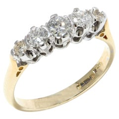 Vintage 18kt Yellow Gold Ladies Ring with Diamonds