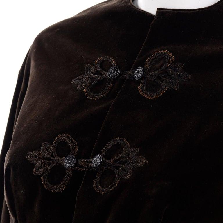 Vintage 1900s Edwardian Basque Brown Velvet Jacket with Peplum & Soutache For Sale 5