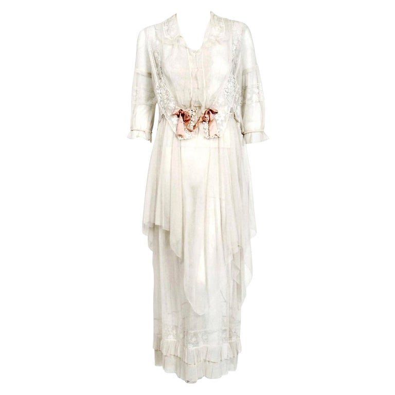 Vintage 1910's Ivory Sheer Embroidered Floral Lace & Tulle Tiered Bridal Gown  For Sale
