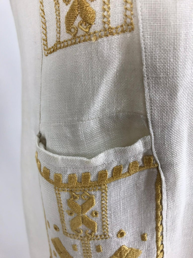 Vintage 1920s Hand Embroidered Arts and Crafts Linen Day Dress For Sale 9