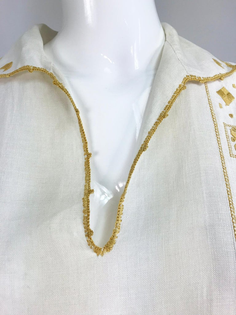 Vintage 1920s Hand Embroidered Arts and Crafts Linen Day Dress For Sale 10
