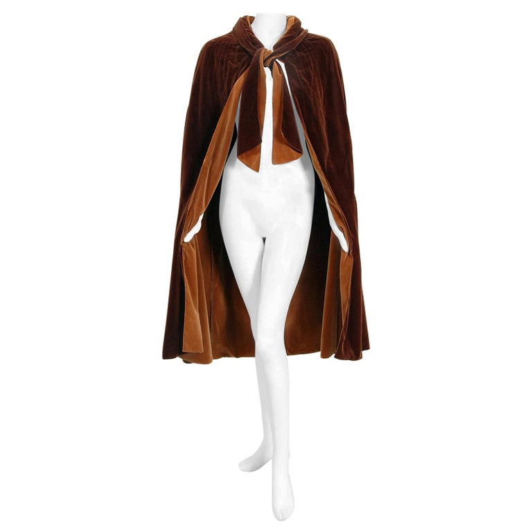 Vintage 1930 Chanel Haute Couture Caramel Brown Velvet Scarf-Neck Sculpted Cape  For Sale