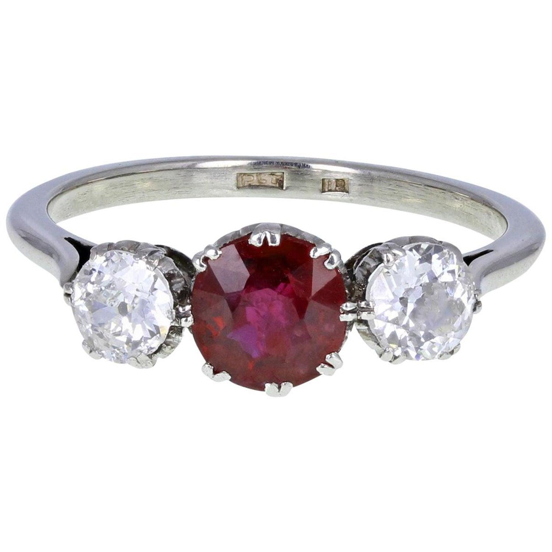 18ct Gold Vintage Ruby & Diamond Trilogy Ring