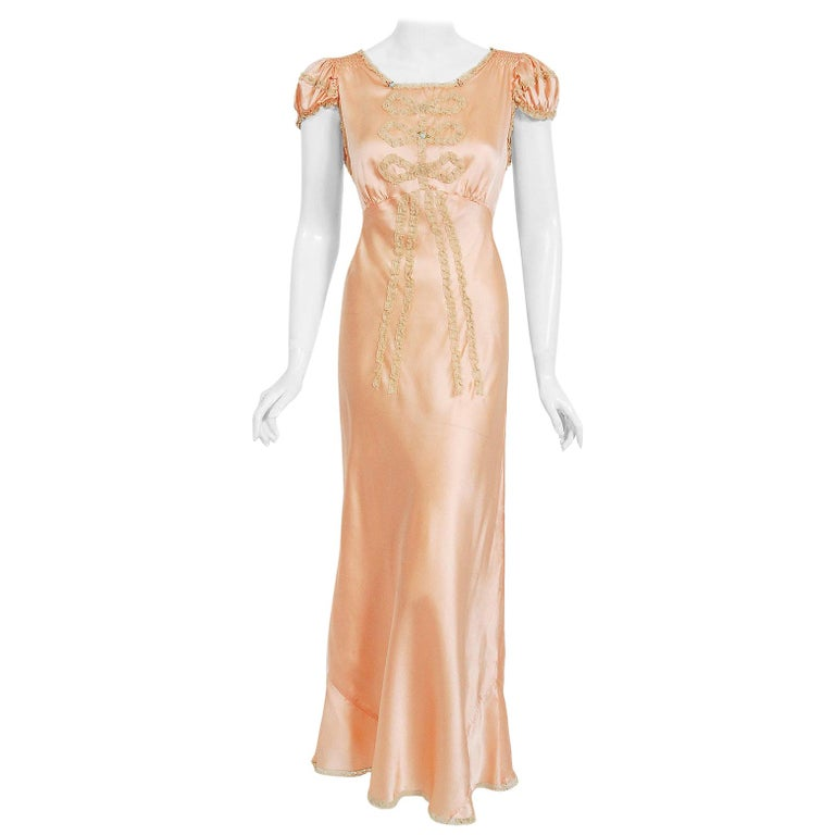 Vintage 1930's Champagne-Pink Silk Lace Puff Sleeve Bias-Cut Slip Night Gown For Sale