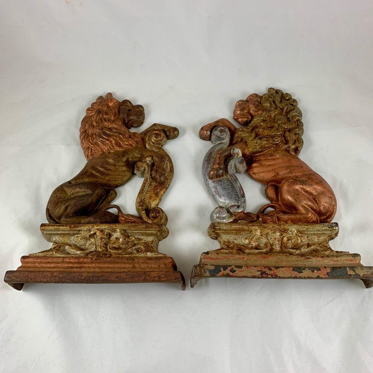 Vintage 1930s French Gilded Cast Iron Heraldic Lion Doorstops or Bookends a Pair For Sale 3