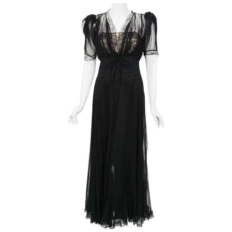 Vintage 1930's Hattie Carnegie Pleated Chiffon & Lace Puff Sleeve Bias-Cut Dress For Sale