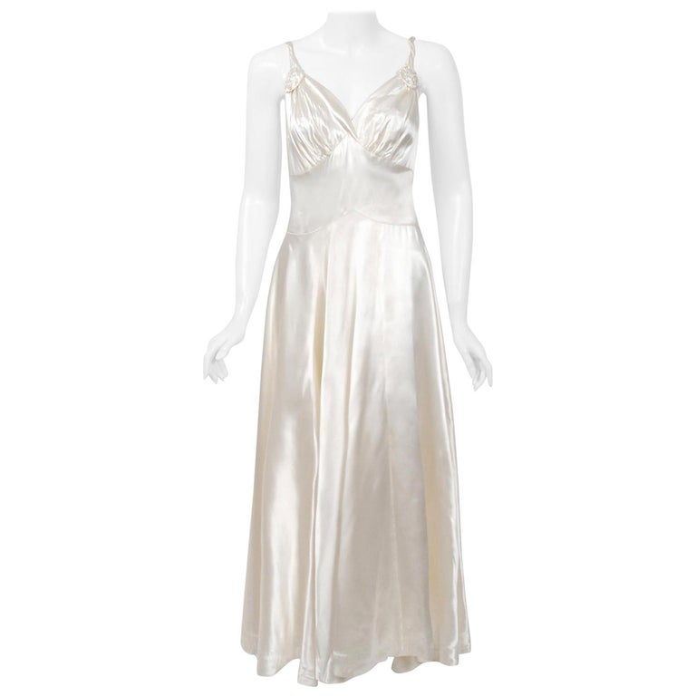 Vintage 1930's Ivory Satin Sculpted Plunge Rosette Appliques Bridal Slip Dress For Sale