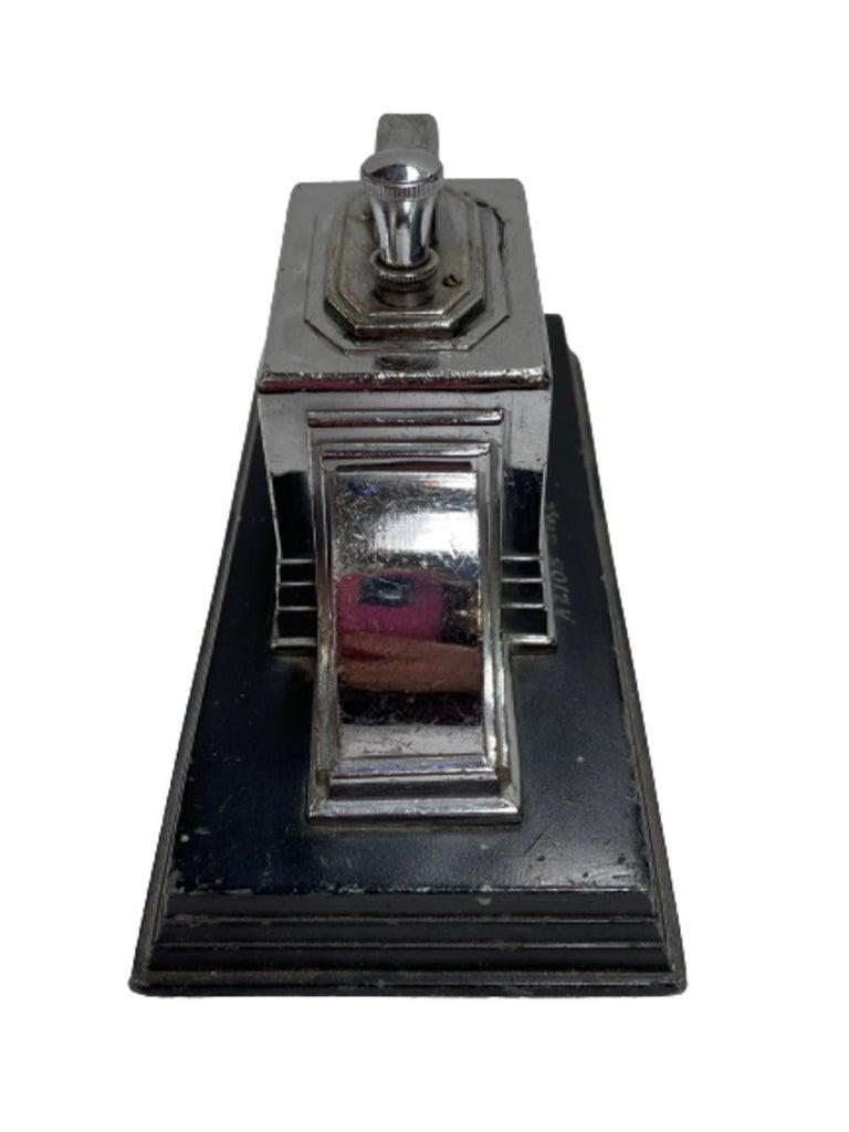 American Vintage 1939 Art Deco Ronson Touch Tip Table Cigarette Lighter