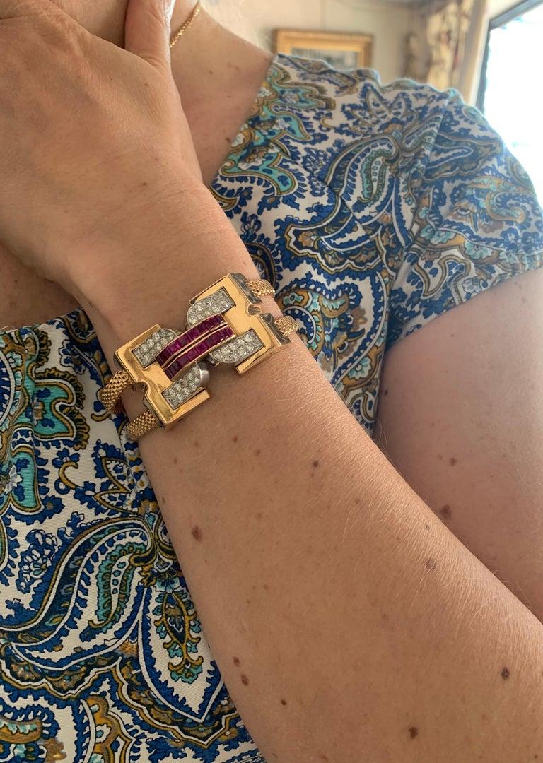 Vintage 1940 Boucheron Diamonds Ruby 18 Karat and Platinum Secret Wristwatch For Sale 2