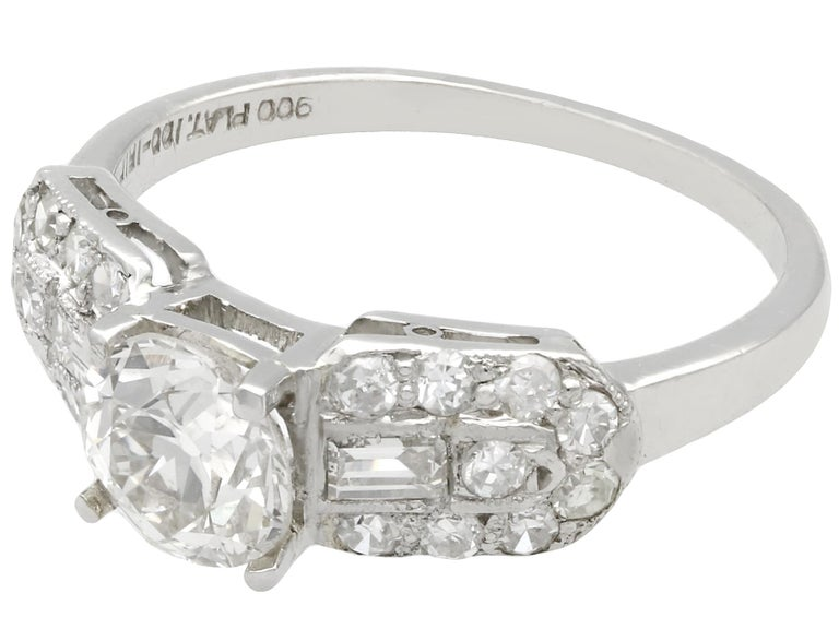 1940s 1.20 Carat Diamond and Platinum Cocktail Ring In Excellent Condition For Sale In Jesmond, Newcastle Upon Tyne