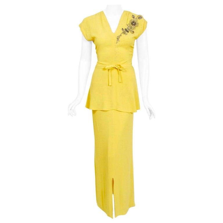 Vintage 1940's De Pinna of New York Lemon Yellow Rayon-Crepe Beaded Peplum Gown For Sale