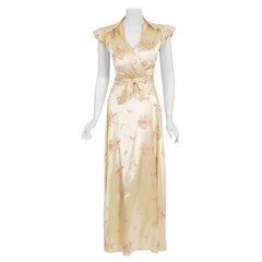 Vintage 1940's Embroidered Creme Silk Satin Belted Wrap Bridal Dressing Gown