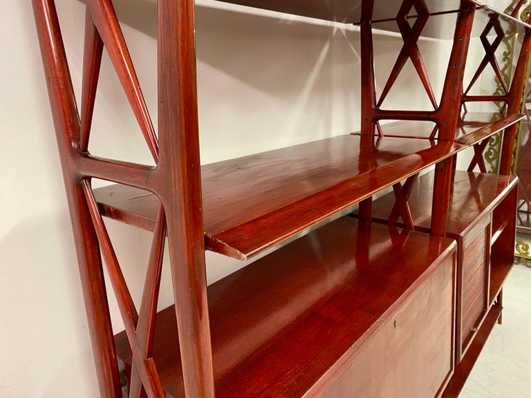 Vintage 1940s Italian Red Lacquered Wall Unit by Silvio Cavatorta For Sale 2