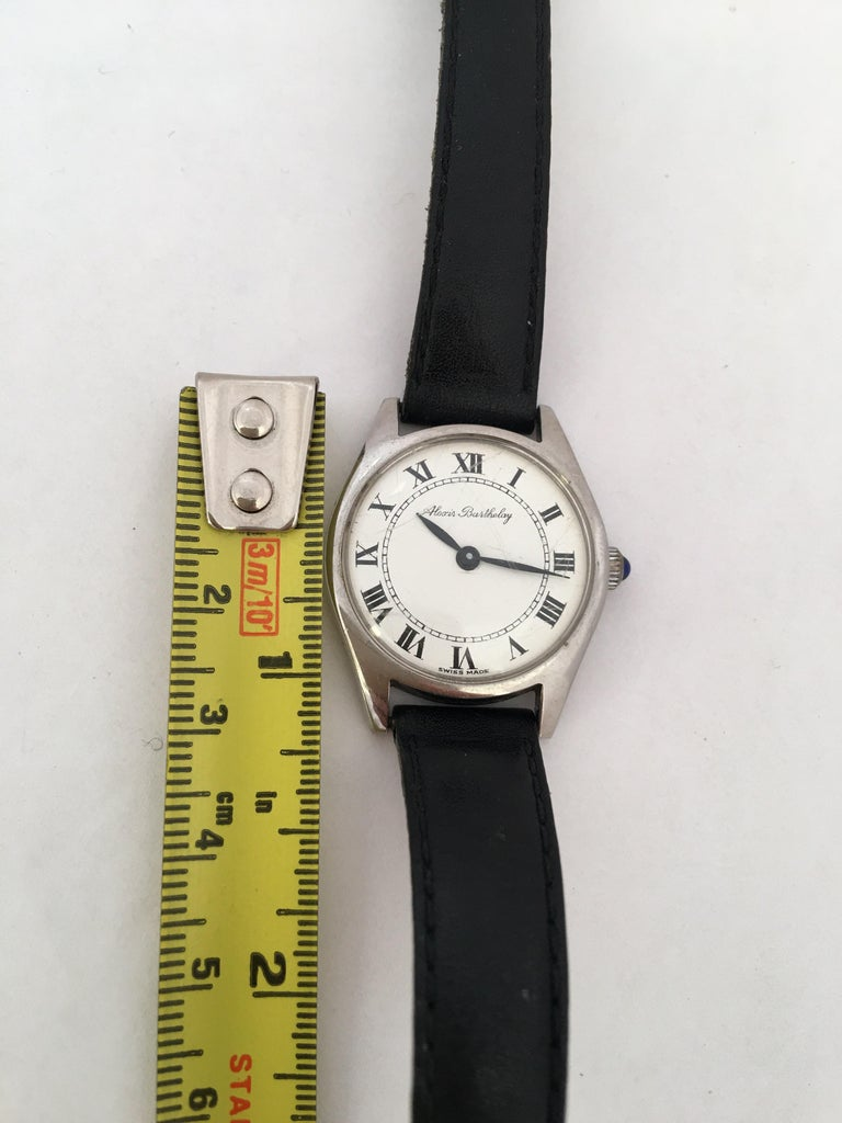Vintage 1940s Mechanical Watch For Sale 4