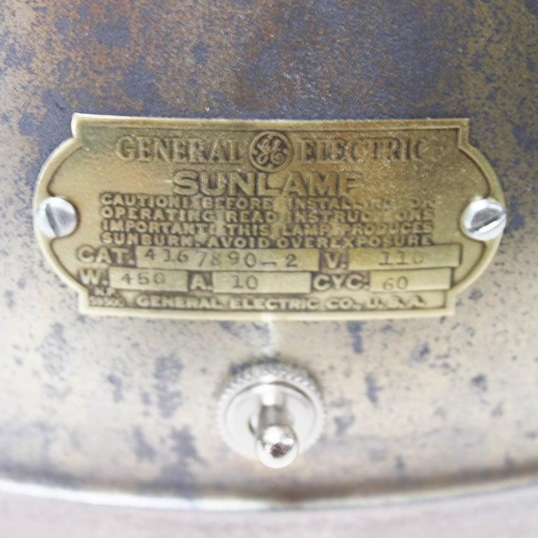 Vintage 1940s Mid-Century Modern Industrial Aluminum GE Sunlamp Floor Lamp 3