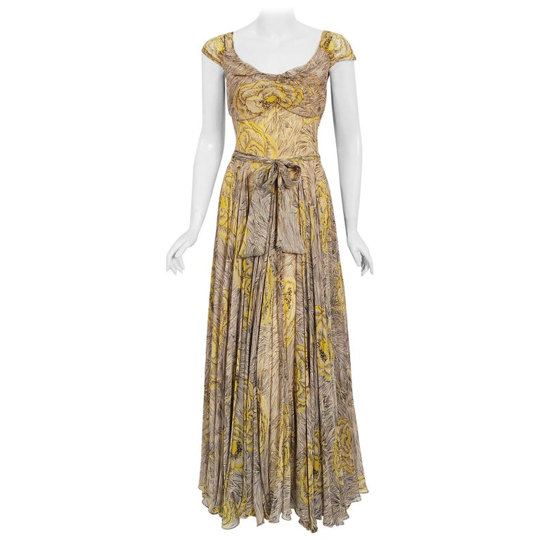 Vintage 1940's Sophie Gimbel Yellow-Roses Floral Silk Cap-Sleeve Plunge Gown For Sale