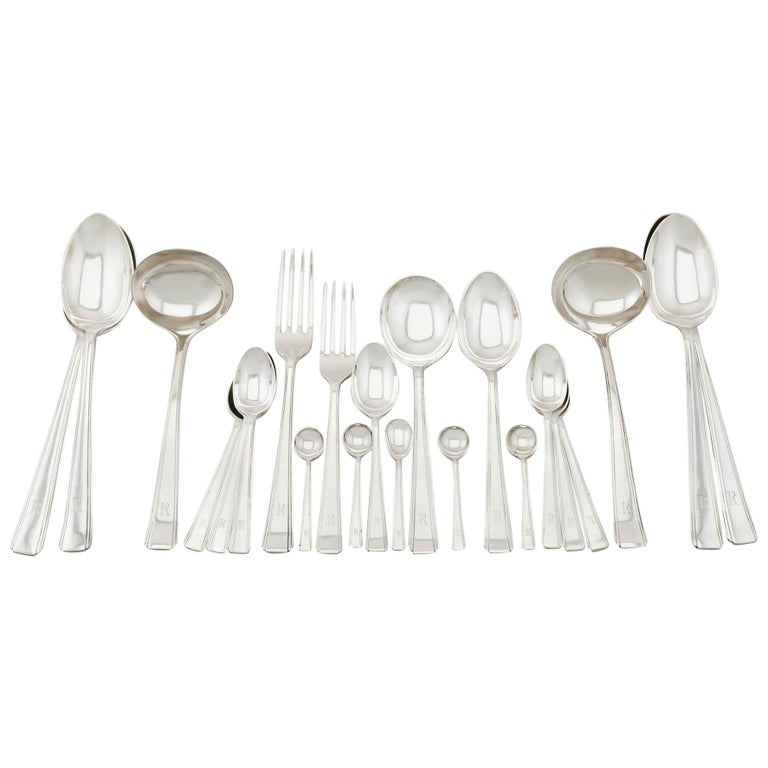 Vintage 1940s Sterling Silver Canteen of Cutlery for 12 Persons For Sale