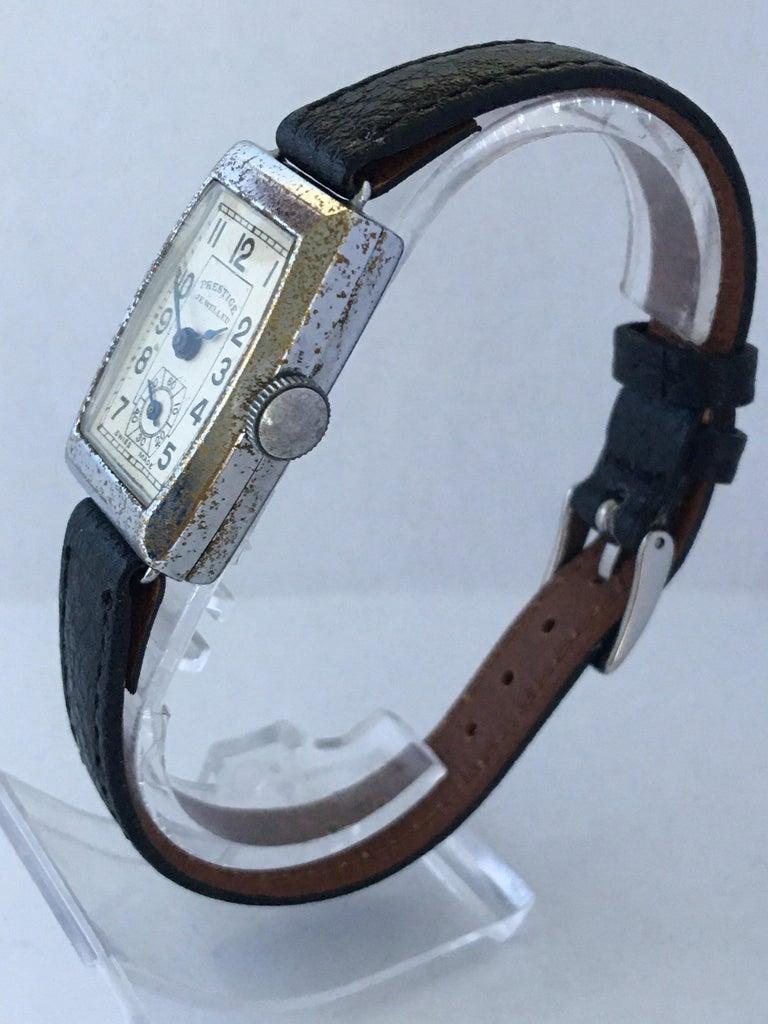 Women's or Men's Vintage 1940s Swiss Mechanical Watch For Sale