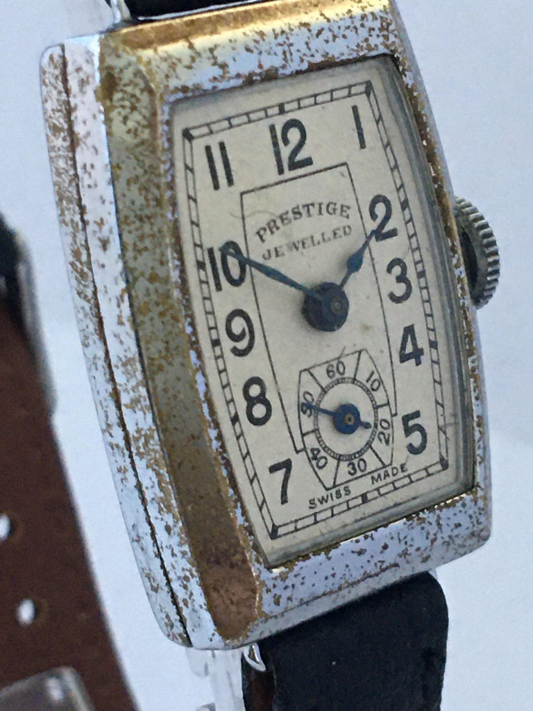 Vintage 1940s Swiss Mechanical Watch For Sale 2