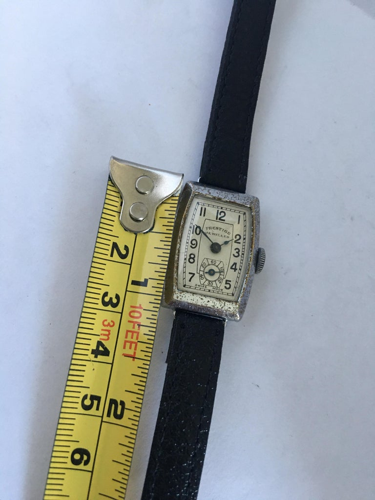 Vintage 1940s Swiss Mechanical Watch For Sale 5