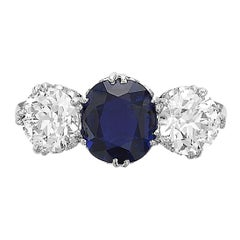 Vintage 1950 Old European cut diamonds 1.70 ct and sapphire 1.70 ct 3 stone ring