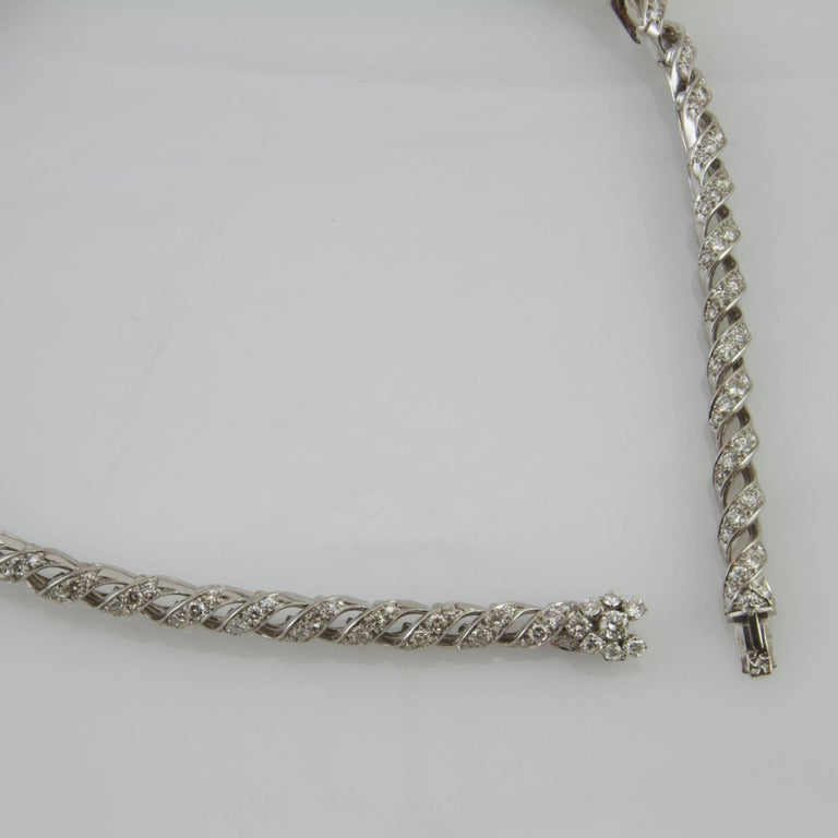 Vintage 1950 Platinum and Gold Diamond Necklace Made in France For Sale 1