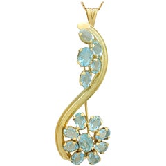 Vintage 1950s 6.05 Carat Aquamarine and Yellow Gold Pendant Brooch
