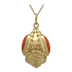 Vintage 1950s Coral and Yellow Gold Pendant