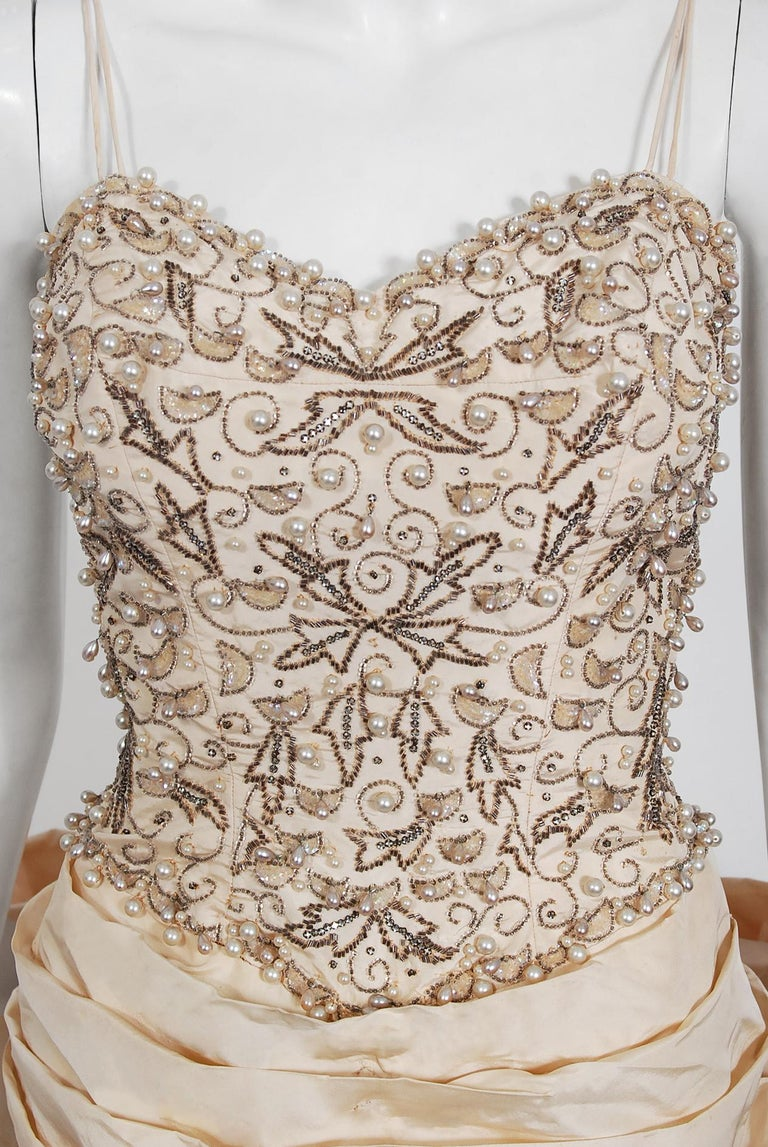 Vintage 1950's Custom Couture Beaded Jeweled Ivory Silk Hourglass Back-Bow Gown In Good Condition For Sale In Beverly Hills, CA