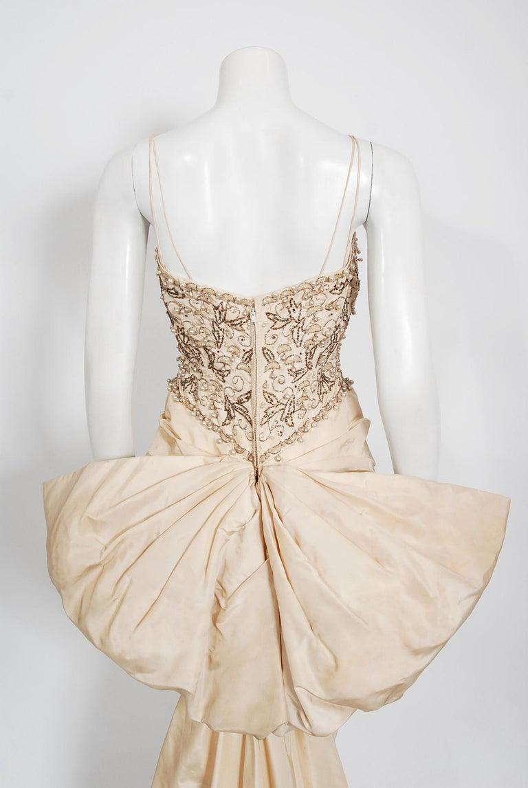 Vintage 1950's Custom Couture Beaded Jeweled Ivory Silk Hourglass Back-Bow Gown For Sale 4