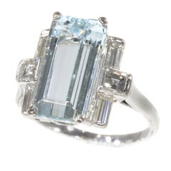 Vintage 1950s Design White Gold Engagement Ring with a Aquamarine and Diamonds