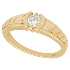 Vintage 1950s Diamond Yellow Gold Solitaire Ring