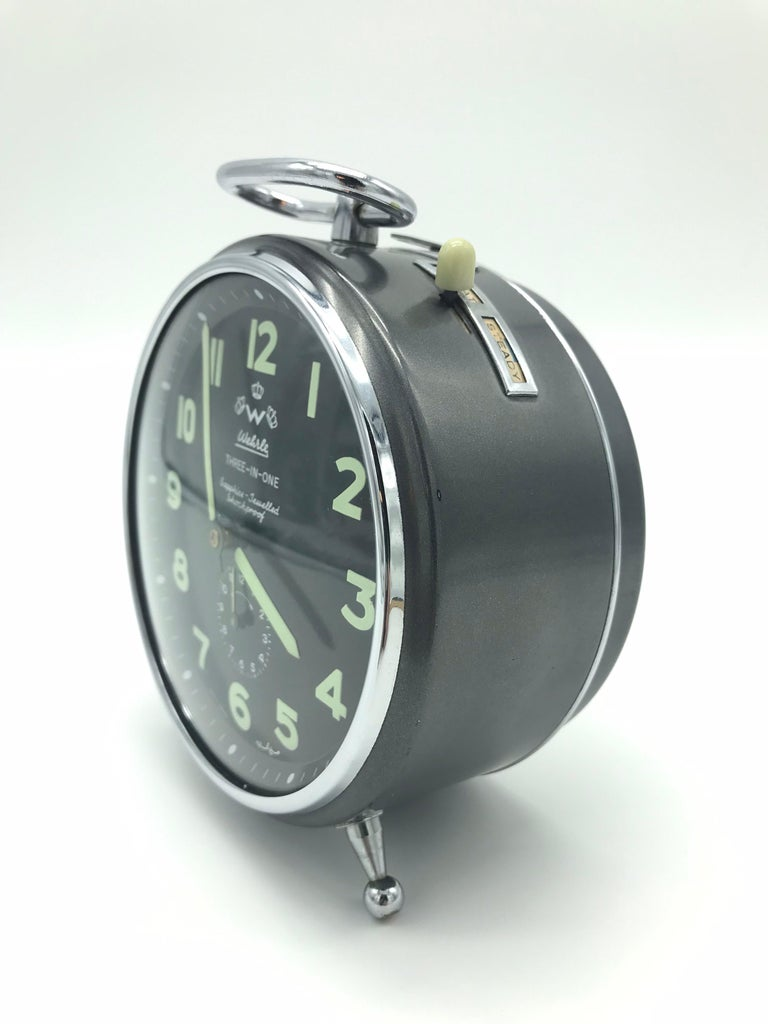 1950s Wehrle alarm clock in fantastic condition for its age.