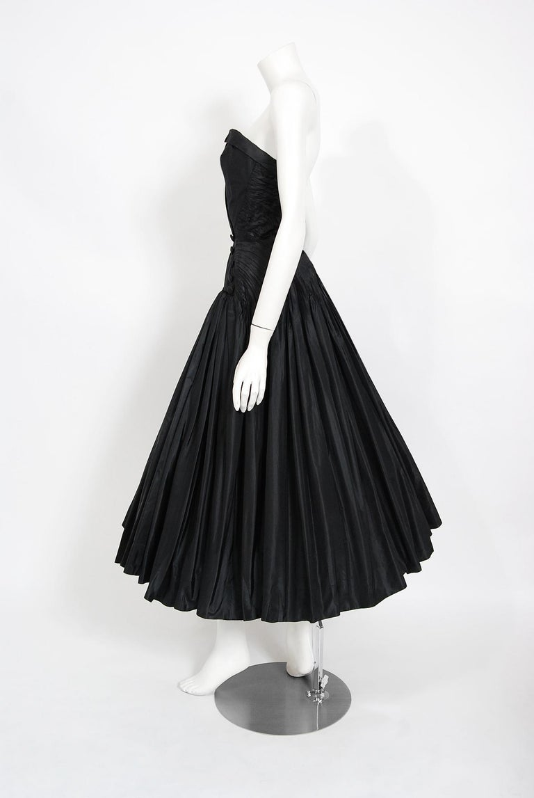 Vintage 1950's French Couture Black Heavily-Pleated Silk Strapless Party Dress For Sale 3