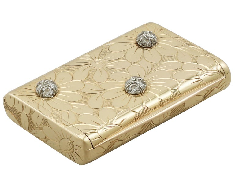 An exceptional, fine and impressive vintage French 18-karat yellow gold box by Van Cleef & Arpels; an addition to our diverse ornamental collection.  This exceptional vintage French 18 karat yellow gold box has a rectangular, rounded form.  The