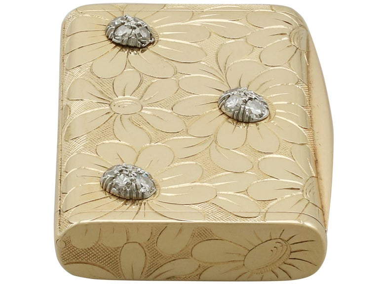 Mid-20th Century 1950s French Yellow Gold and Diamond Box by Van Cleef & Arpels For Sale