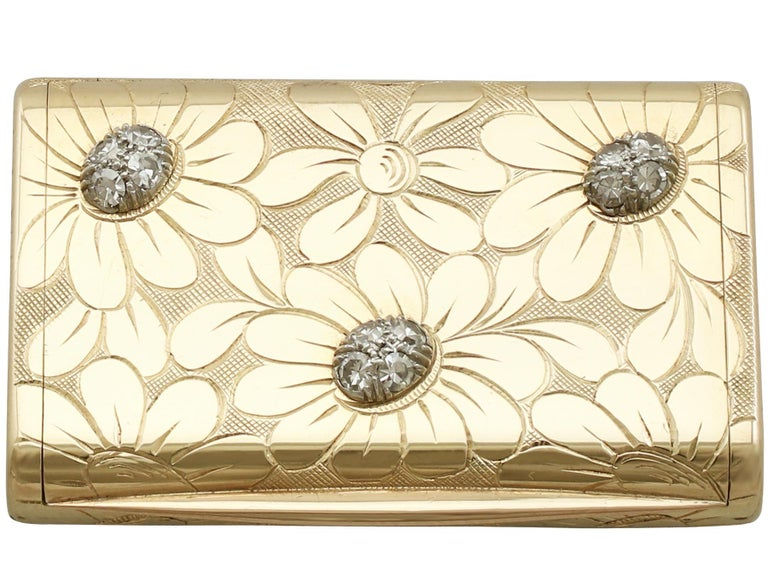 1950s French Yellow Gold and Diamond Box by Van Cleef & Arpels For Sale 1
