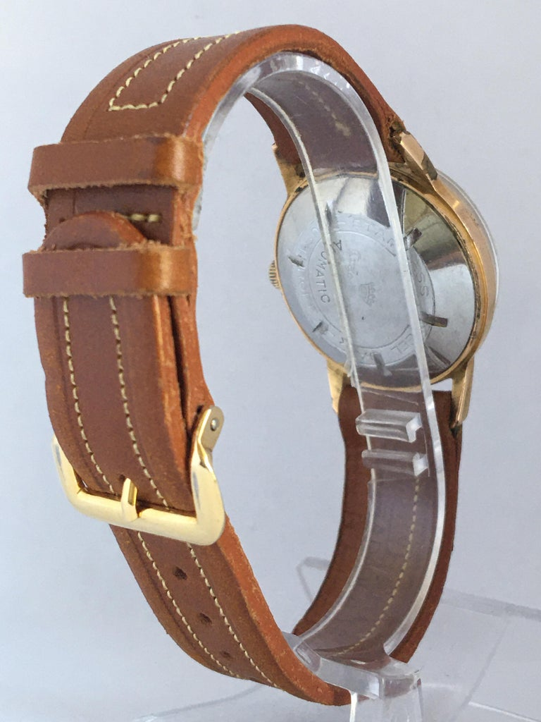 Vintage 1950s Gold Plated and Stainless Steel Back Automatic Watch For Sale 1