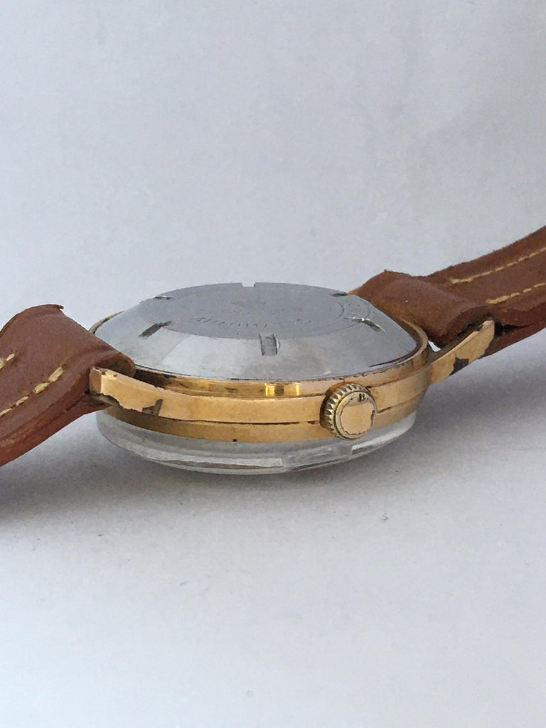 Vintage 1950s Gold Plated and Stainless Steel Back Automatic Watch For Sale 3