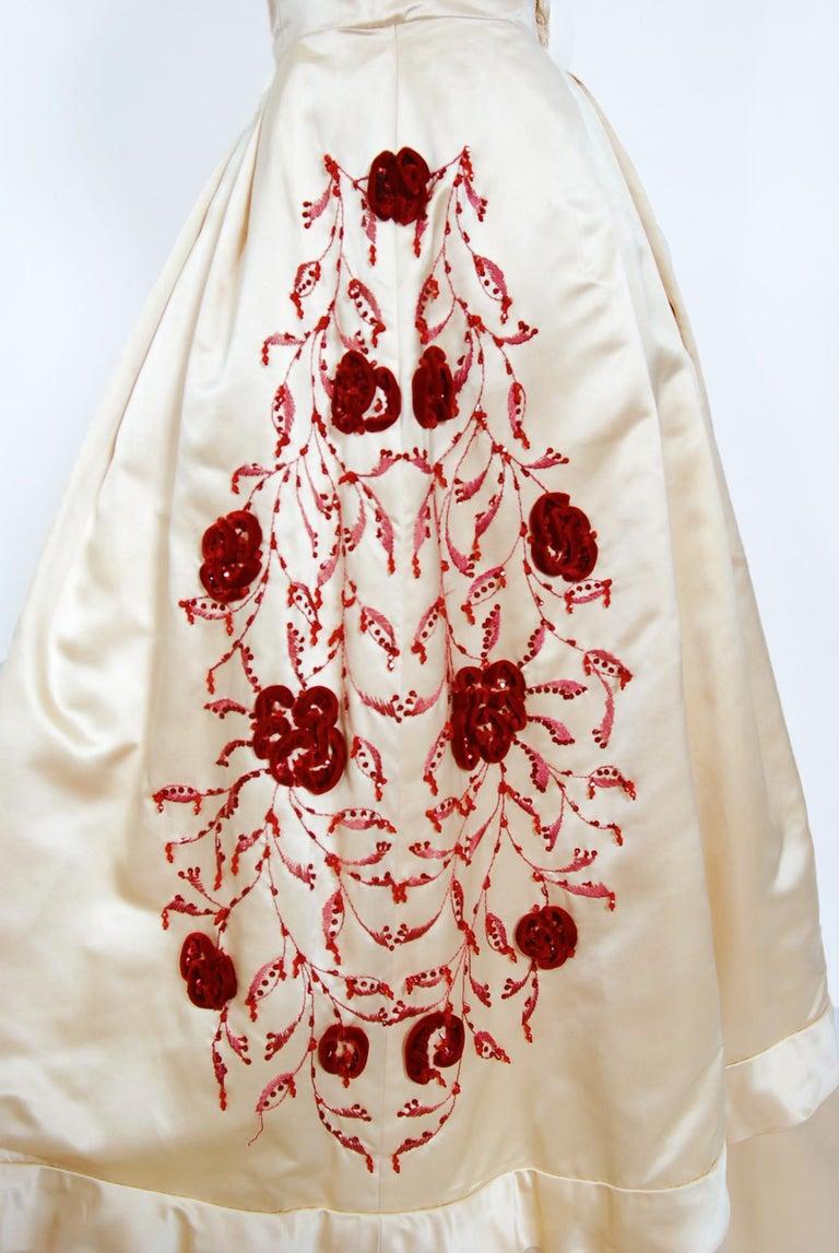 Women's Vintage 1950's Harvey Berin Embroidered Floral Ivory Silk Strapless Bridal Dress For Sale