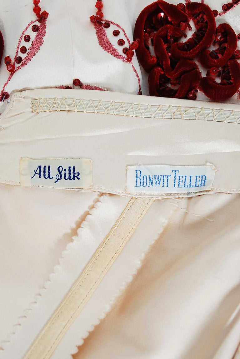 Vintage 1950's Harvey Berin Embroidered Floral Ivory Silk Strapless Bridal Dress For Sale 4